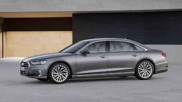 Audi A8 - lateral