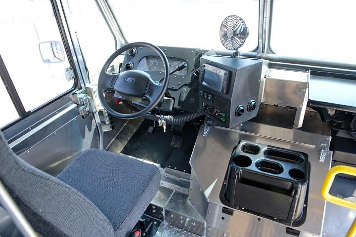 2020 FORD P1200 20' MORGAN OLSON ALUMINUM STEP VAN (P1200) | South Bay Ford Commercial