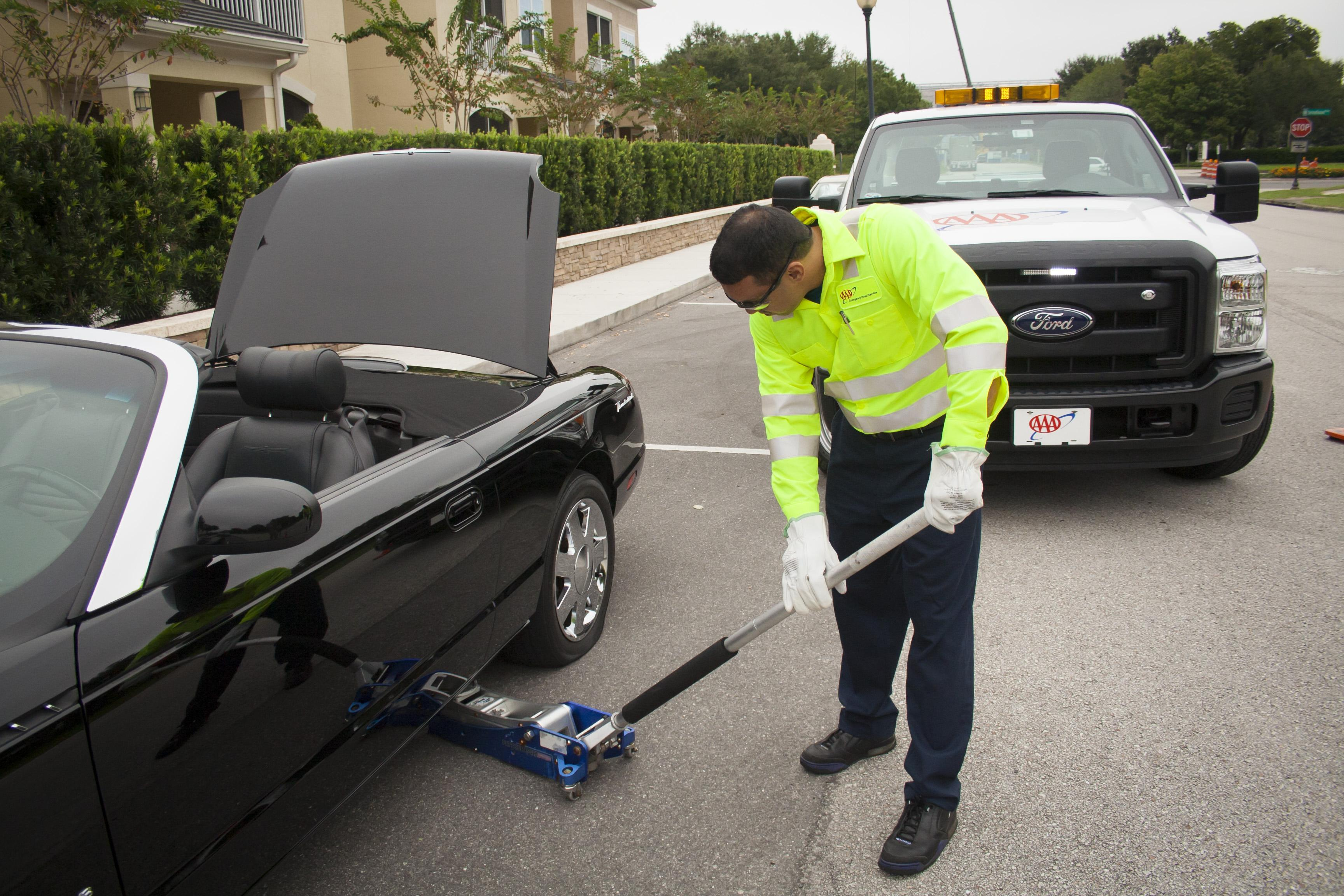 What to Remember About Your Ford Roadside Assistance Program