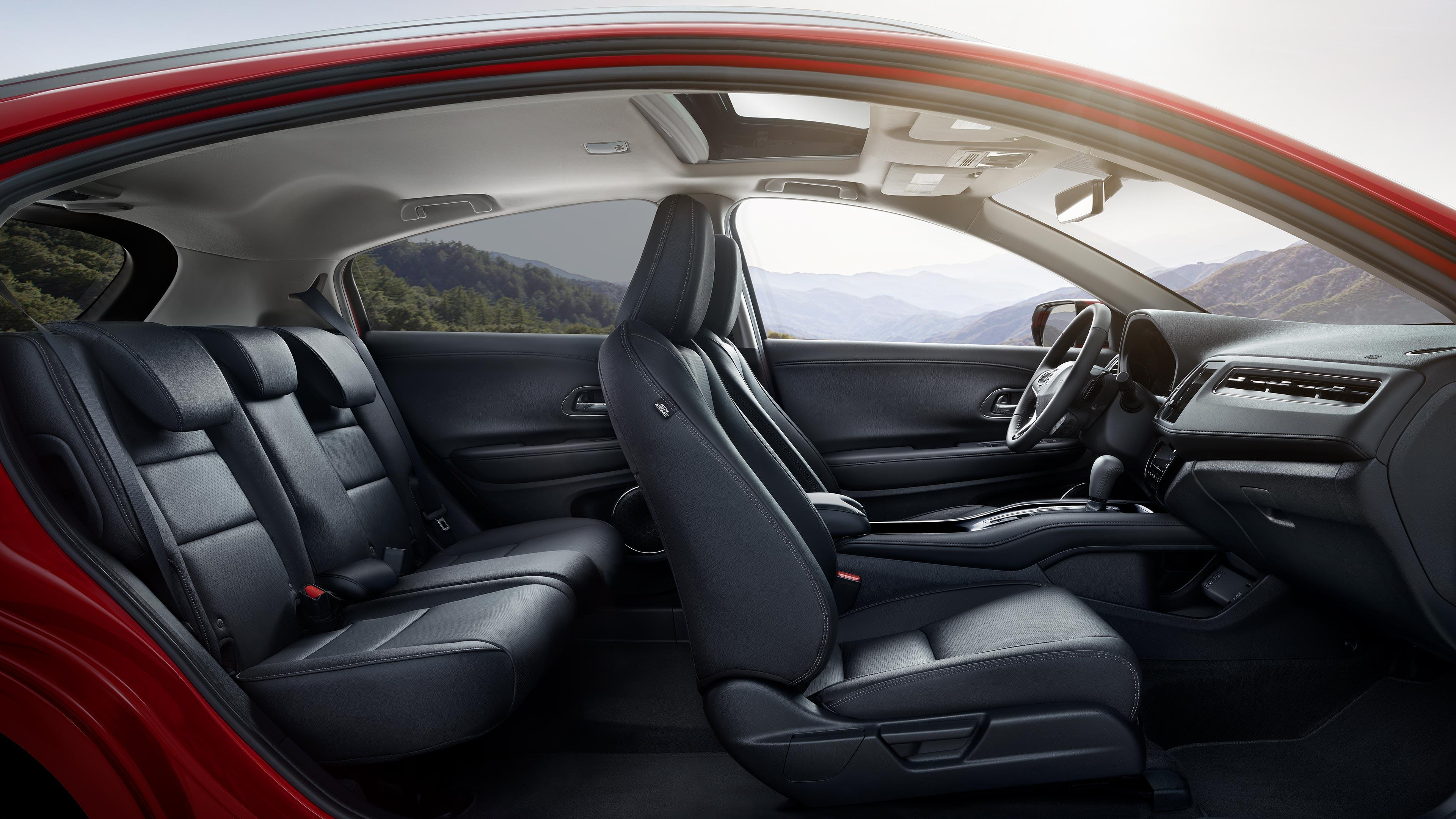 2019 Honda HRV Interior Side View