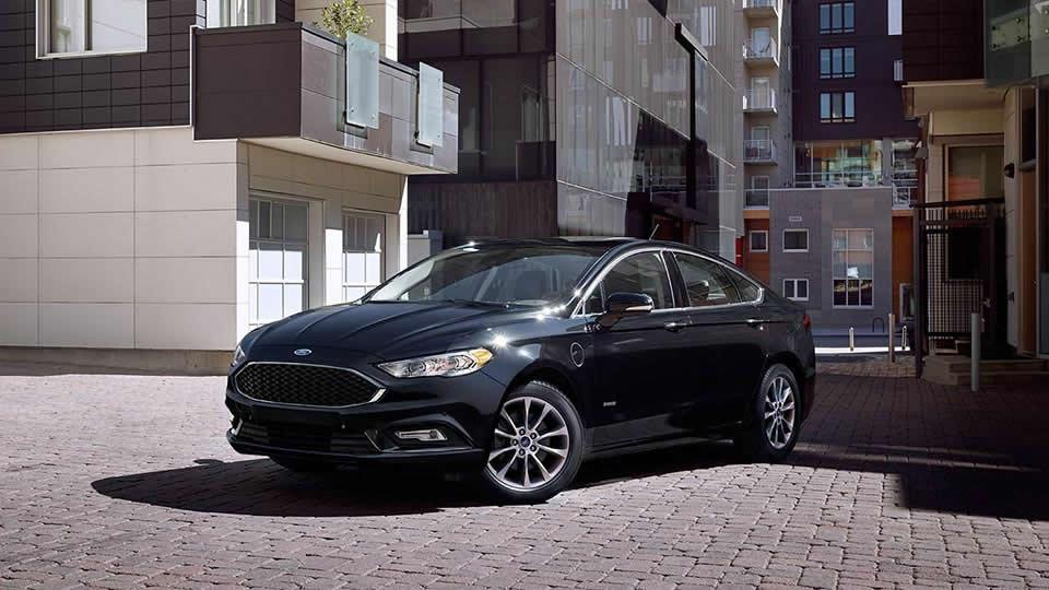 2017 Ford Fusion Energi Platinum, Shadow Black