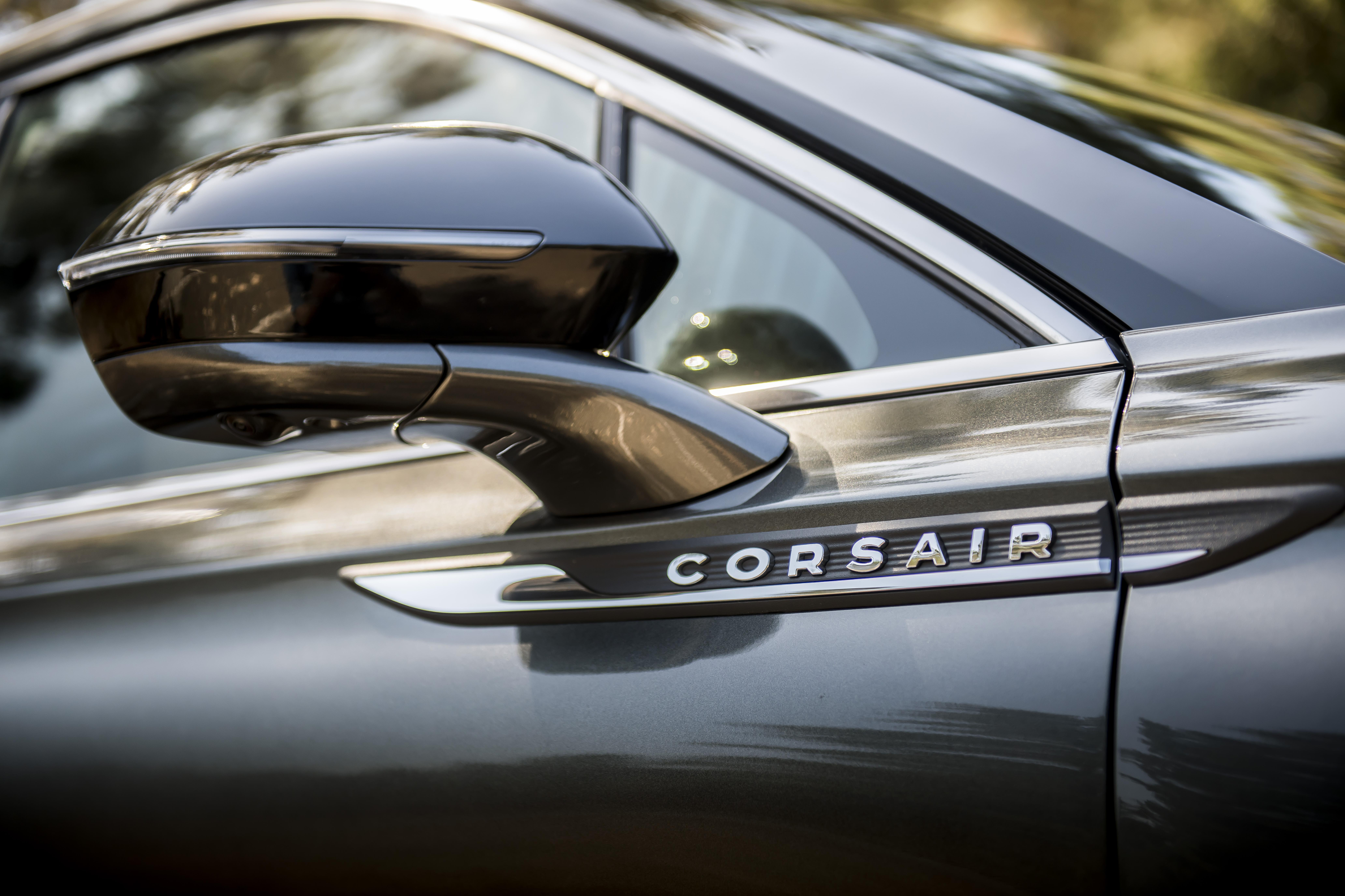 2020 Lincoln Corsair Comparison