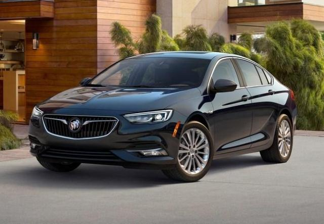 2018 Buick Regal Brochure