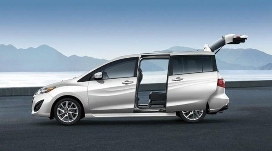 Mazda Top 5 Features of the 2017 Mazda5 Multi-Activity Vehicle image