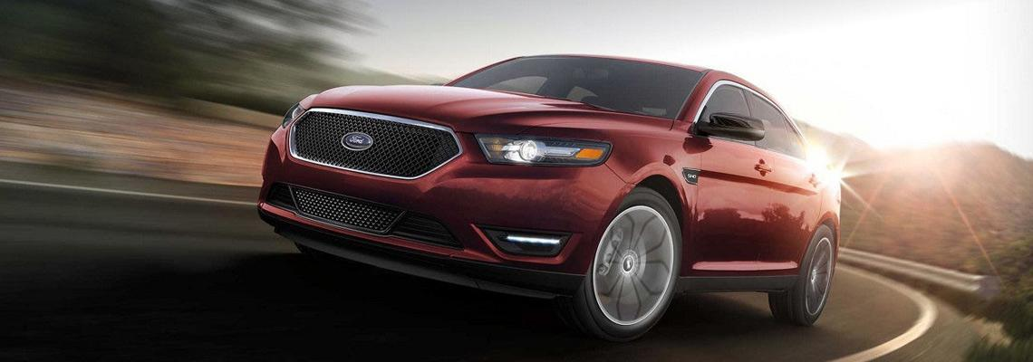 2018 Red Ford Taurus