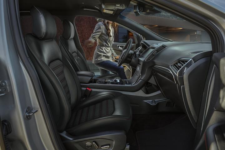 Ford 2020 Edge image
