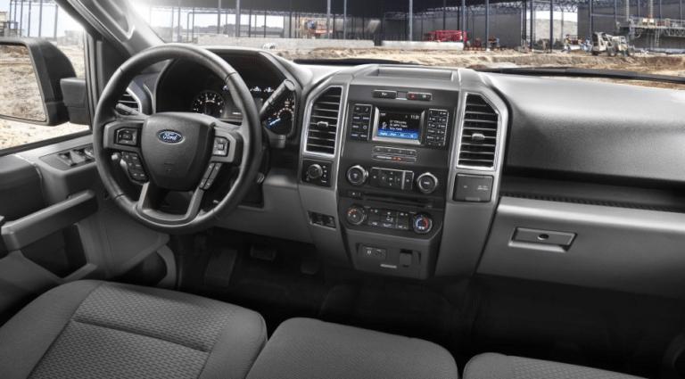 2017 Ford F-150 XLT Interior