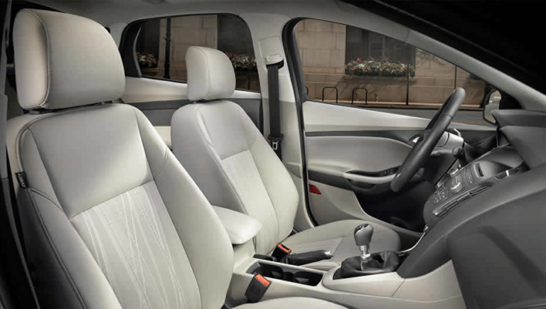 2017 Ford Focus SE Interior Seating