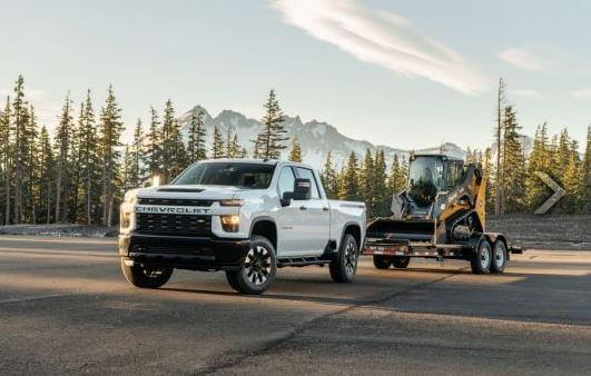 2020 Ford SuperDuty vs 2020 Chevrolet HD | Ford of Canada