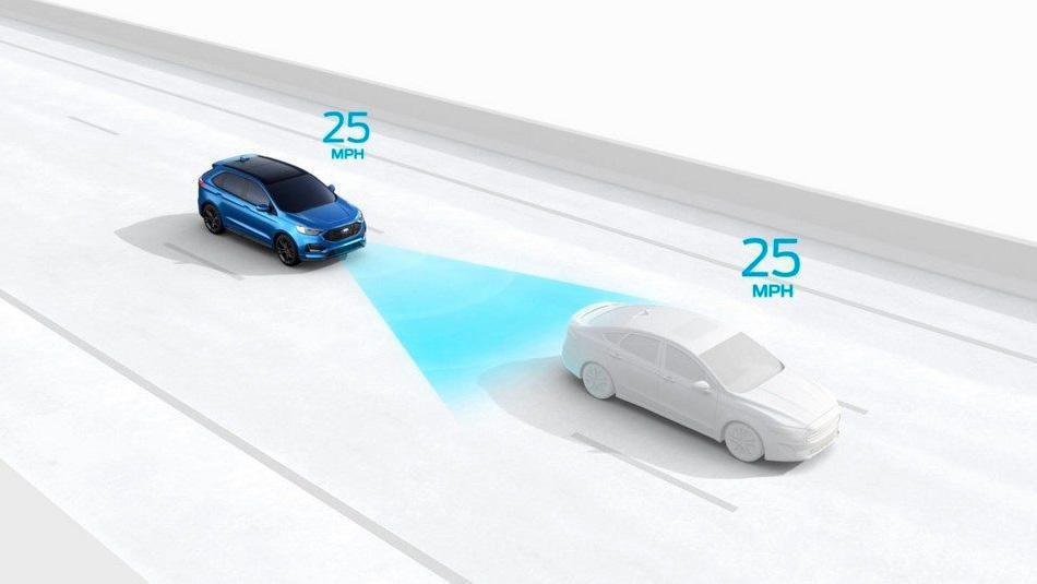Ford Edge following a car with Adaptive Cruise Control with Stop and Go
