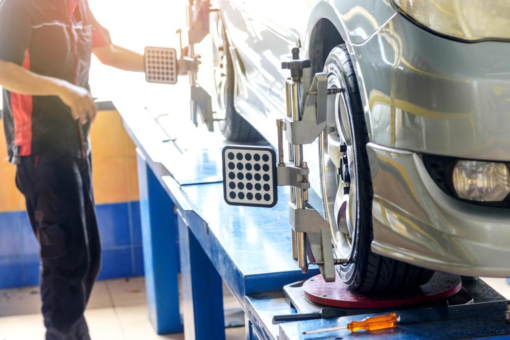 Changing tires: rotation and alignment