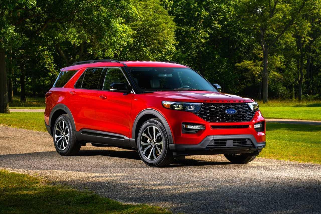 Ford Explorer adds ST-Line sport version for 2022