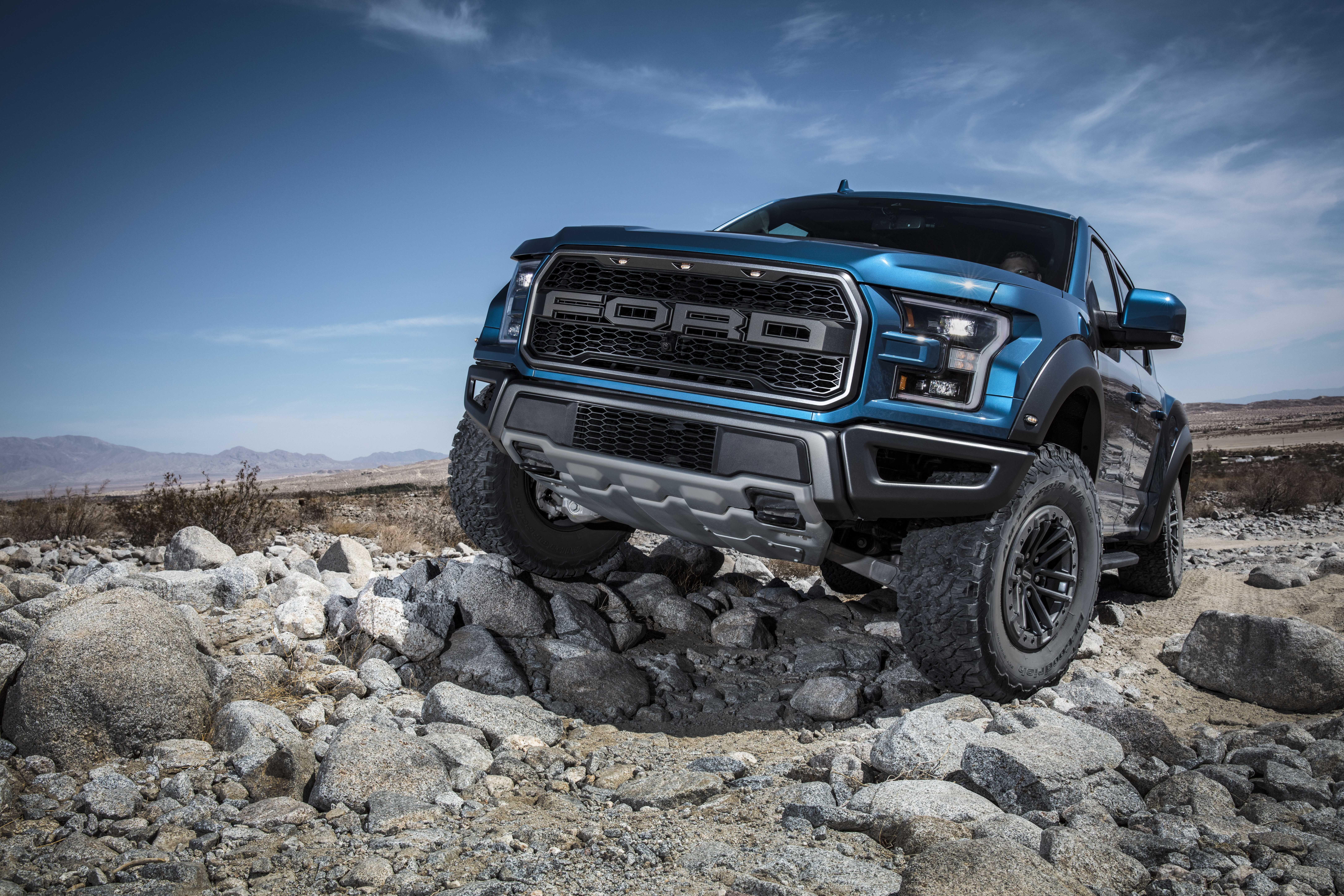 Attention, Ford Raptor méchant