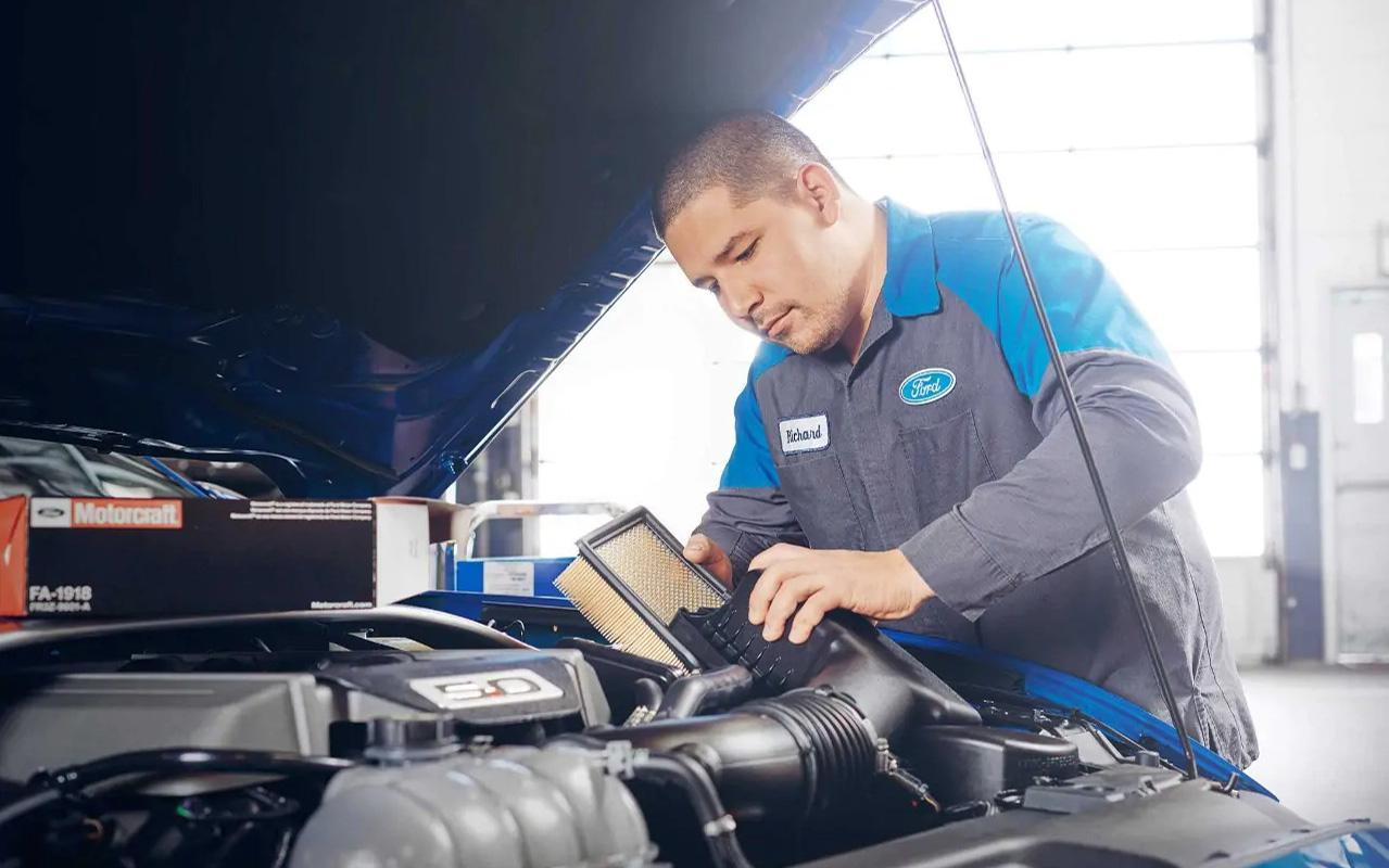 Ford service technician
