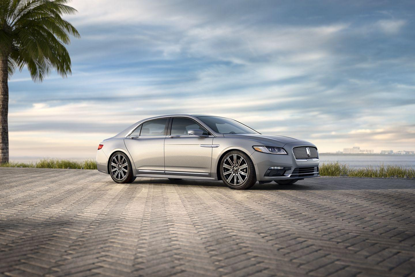 2019 Lincoln Continental sedan features and specs ...