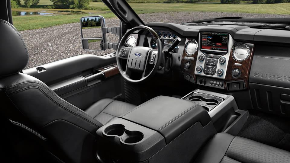 2016 Super Duty Platinum interior in Charcoal Black