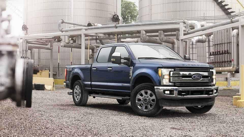 2017 Ford F-250 Lariat Crew Cab, Blue Jeans