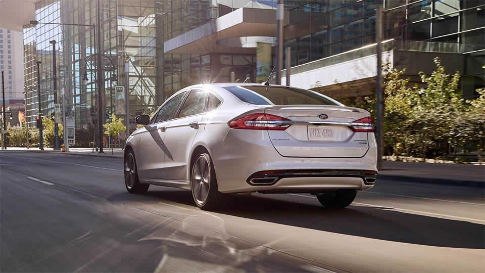 2017 Ford Fusion Titanium, White Platinum Metallic