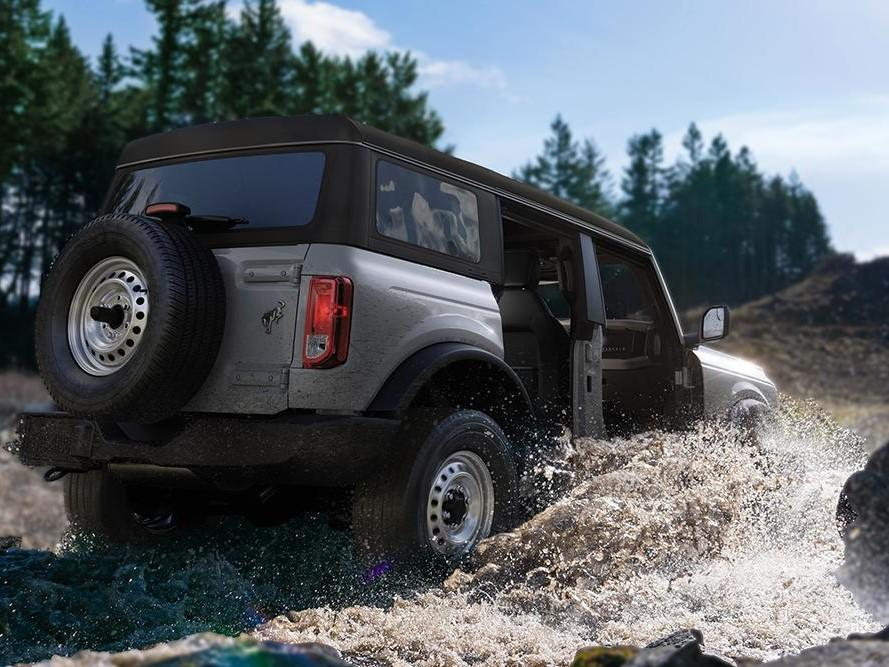 2021 Ford Bronco off-roading in water