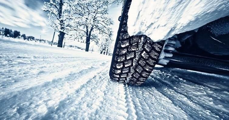 Winter tire driving in snow