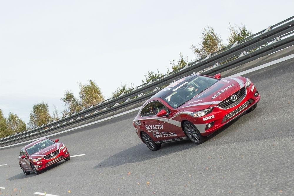 Mazda6 smashes speed records