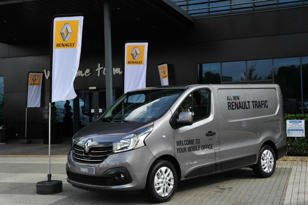 Renault Announces pricing for New Trafic Van