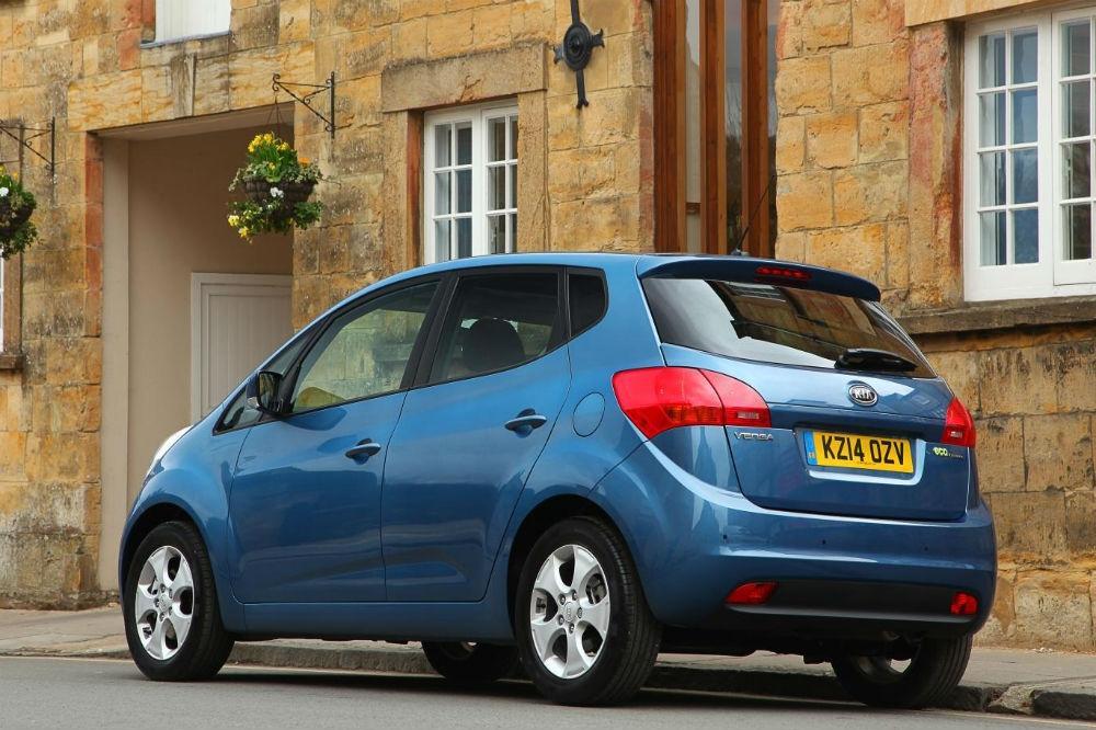Kia Venga Names Best Small MPV by What Car