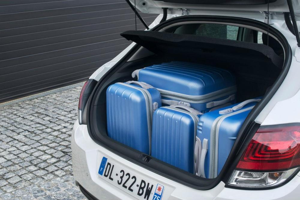 Citroen C4 Gets a 2015 Facelift