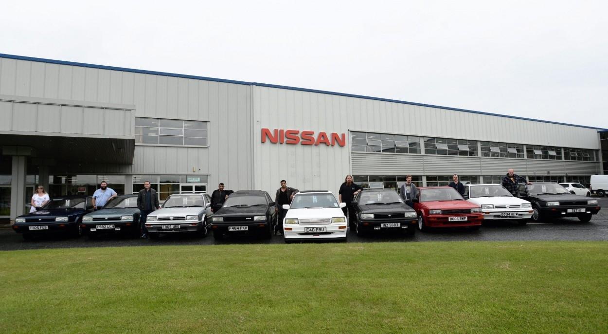 Bluebird Fans Visit Nissan Factory