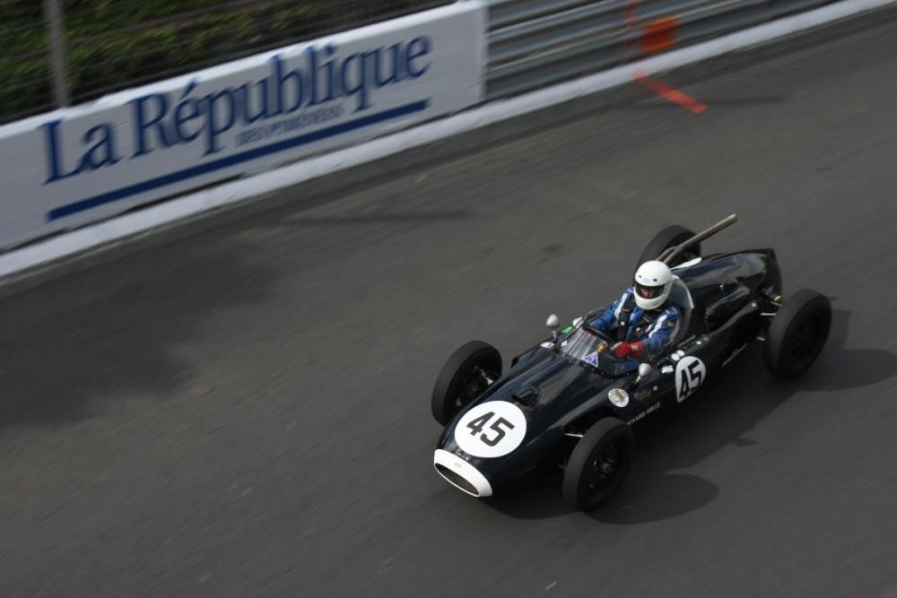 Take Pole Position at the Grand Prix de pau Historique