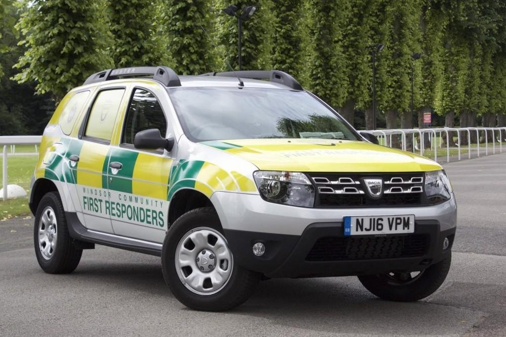 Dacia Duster Helps Windsor Community First Responders