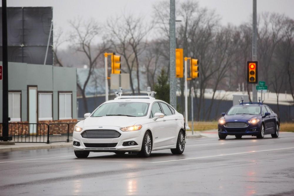 Ford Boosts Hybrid Test Vehicle Fleet