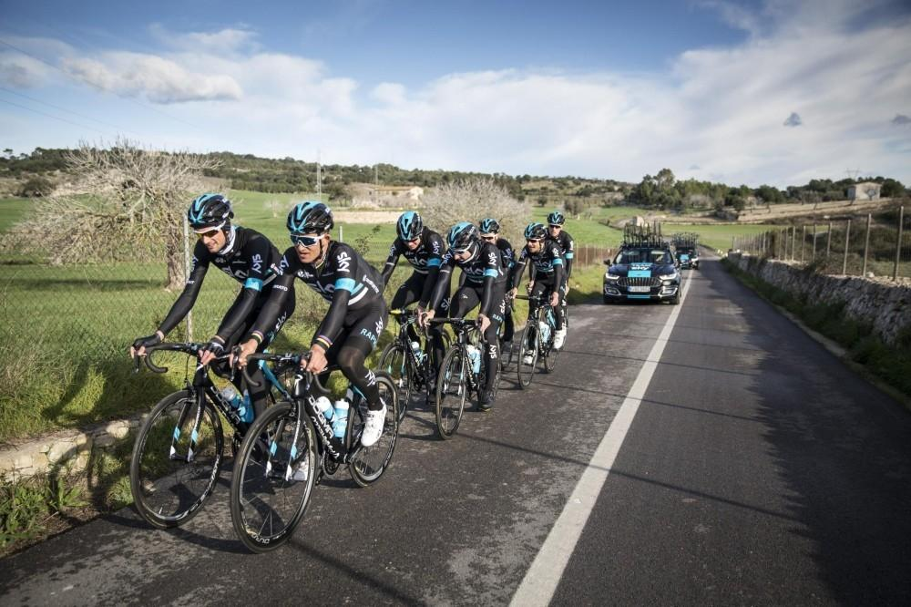 Ford Supports Team Sky