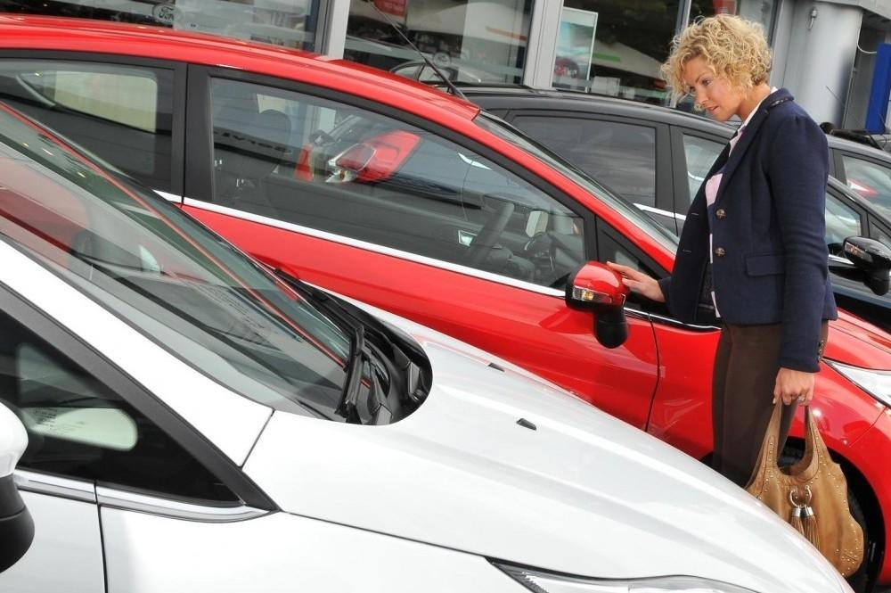 Car Buyers Turn Their Back on Haggling