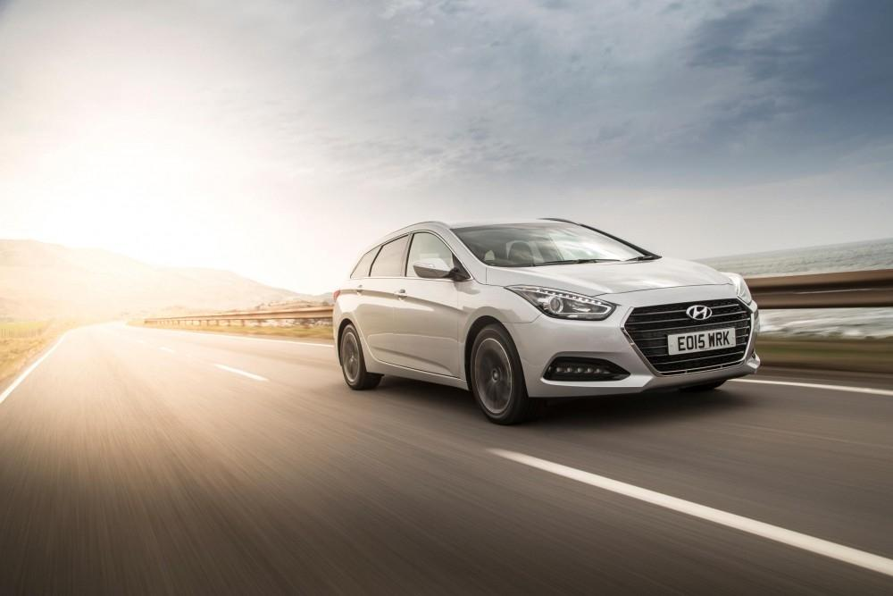 Hyundai i40 Tourer Review
