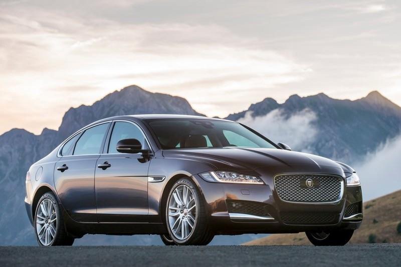 Jaguar XF 2015 review