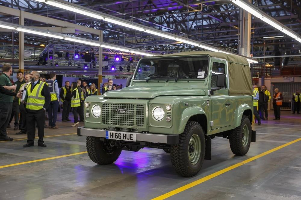 Land Rover Defender now makes a Smart Investment
