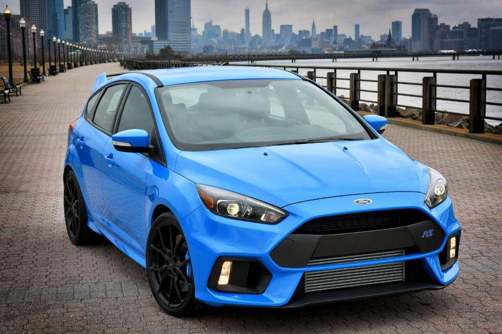 Focus RS Wins Hot Hatch Of The Year