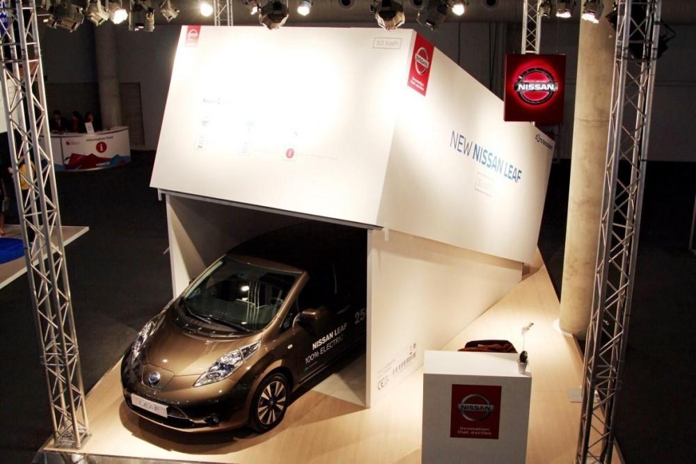 Nissan Unboxes Latest Tech