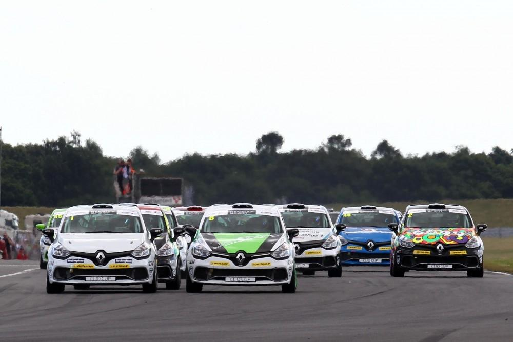 Rockingham Hosts Renault UK Clio Cup Again