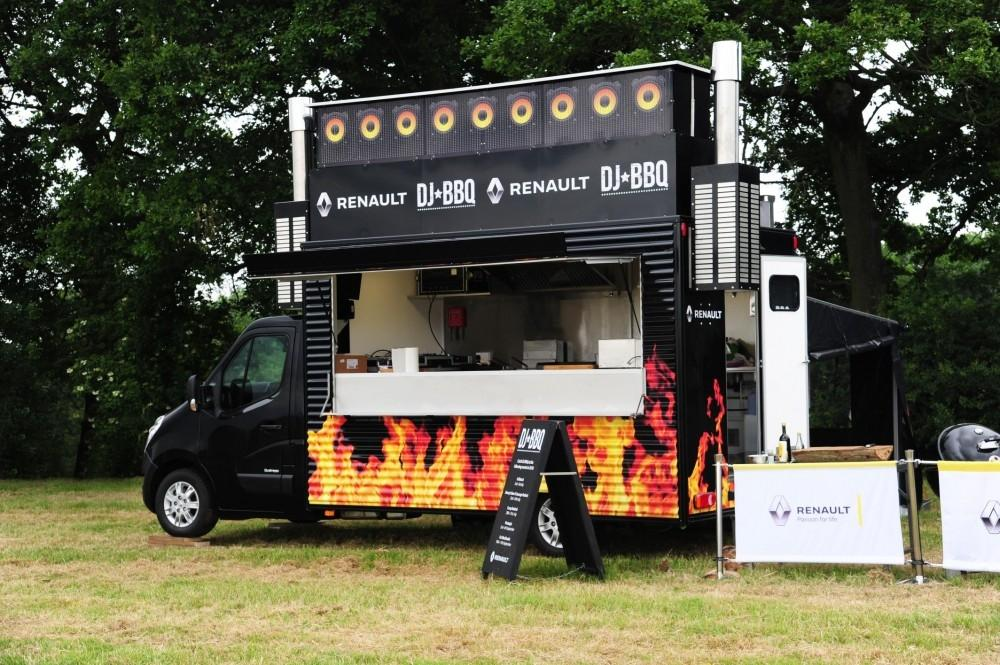 Renault Teams Up With Outdoor Cooking Guru