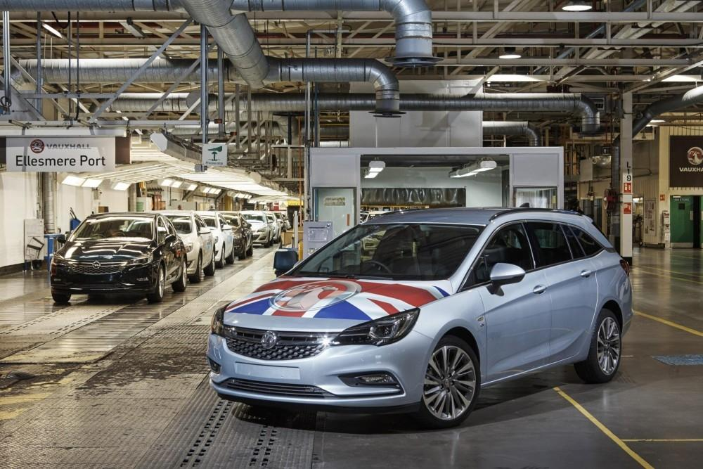 Astra Sports Tourer Production Starts in Cheshire