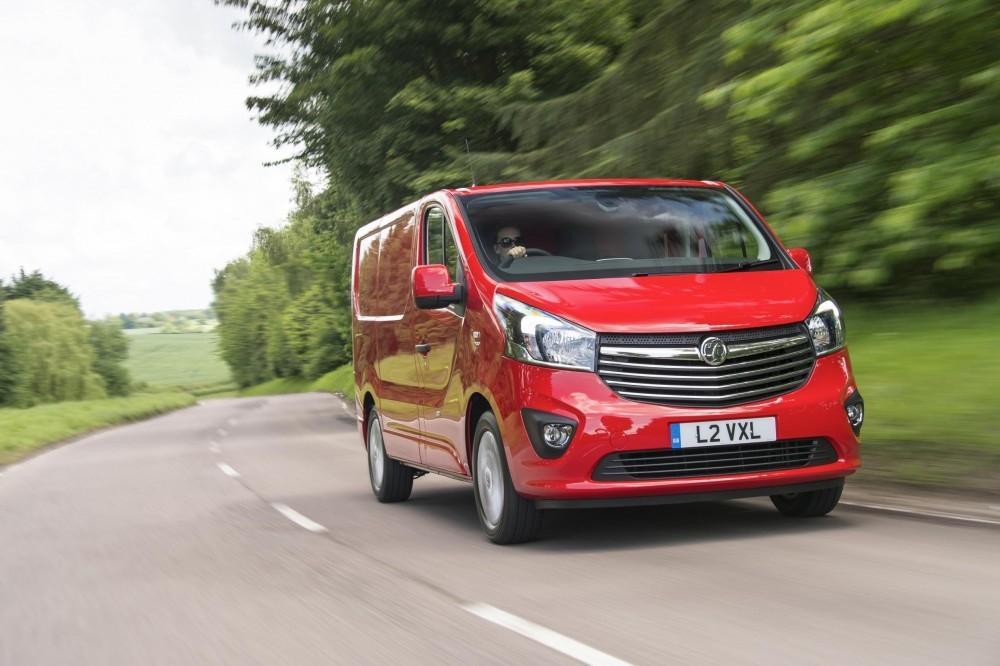 Vivaro crowned Used Van of the Year
