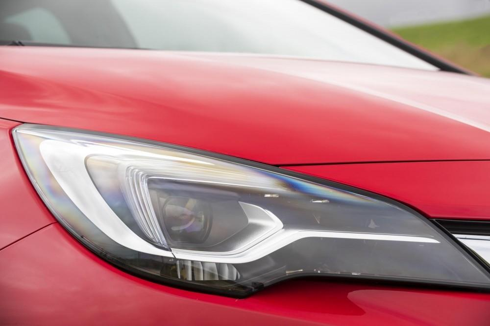 Vauxhall's LED Matrix Headlights Could Reduce Accident Risk