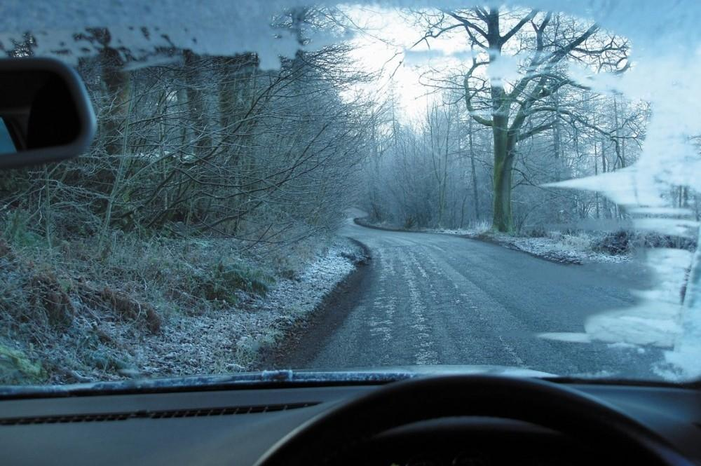 Drive carefully with these blustery weather busting tips