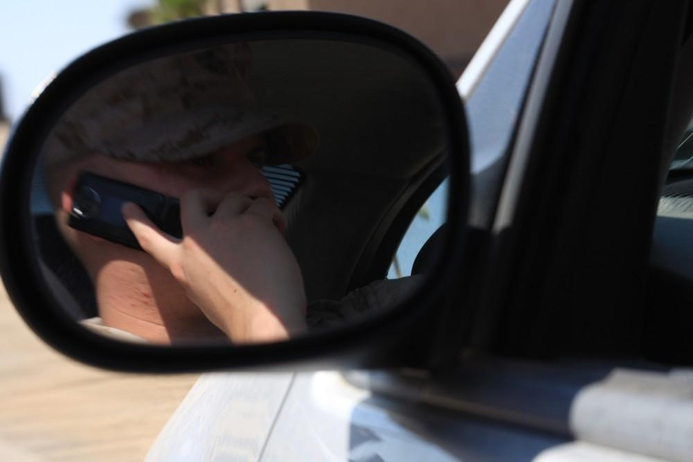 Tougher Penalties Wanted For Using Phone At Wheel