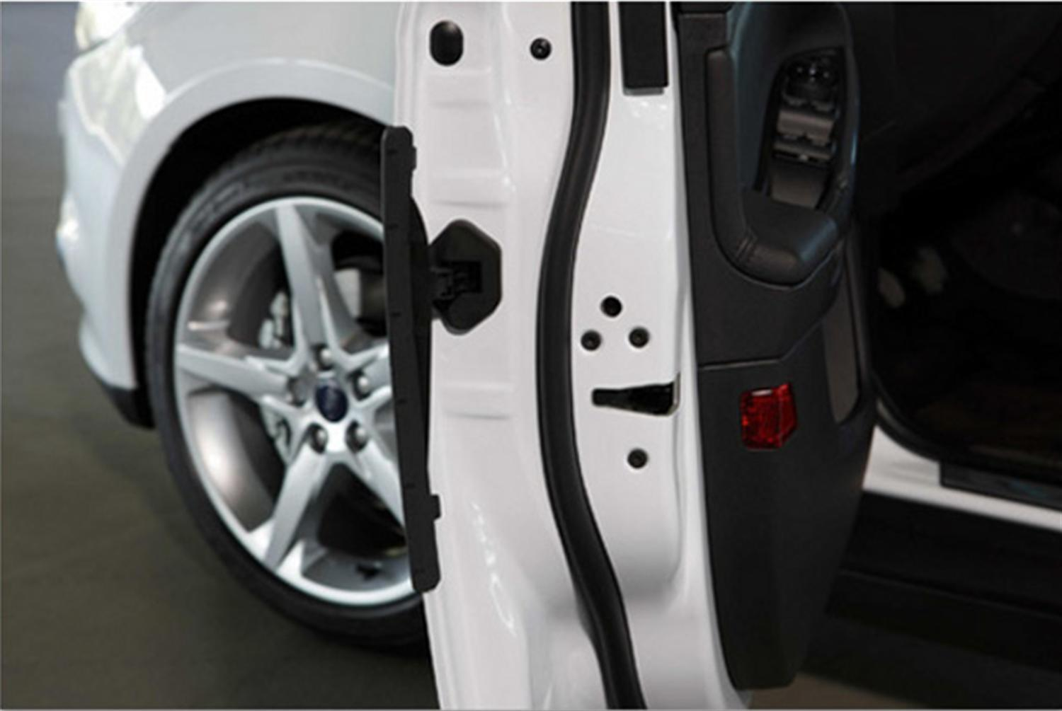 New Ford Focus Introduces Car Door Protector