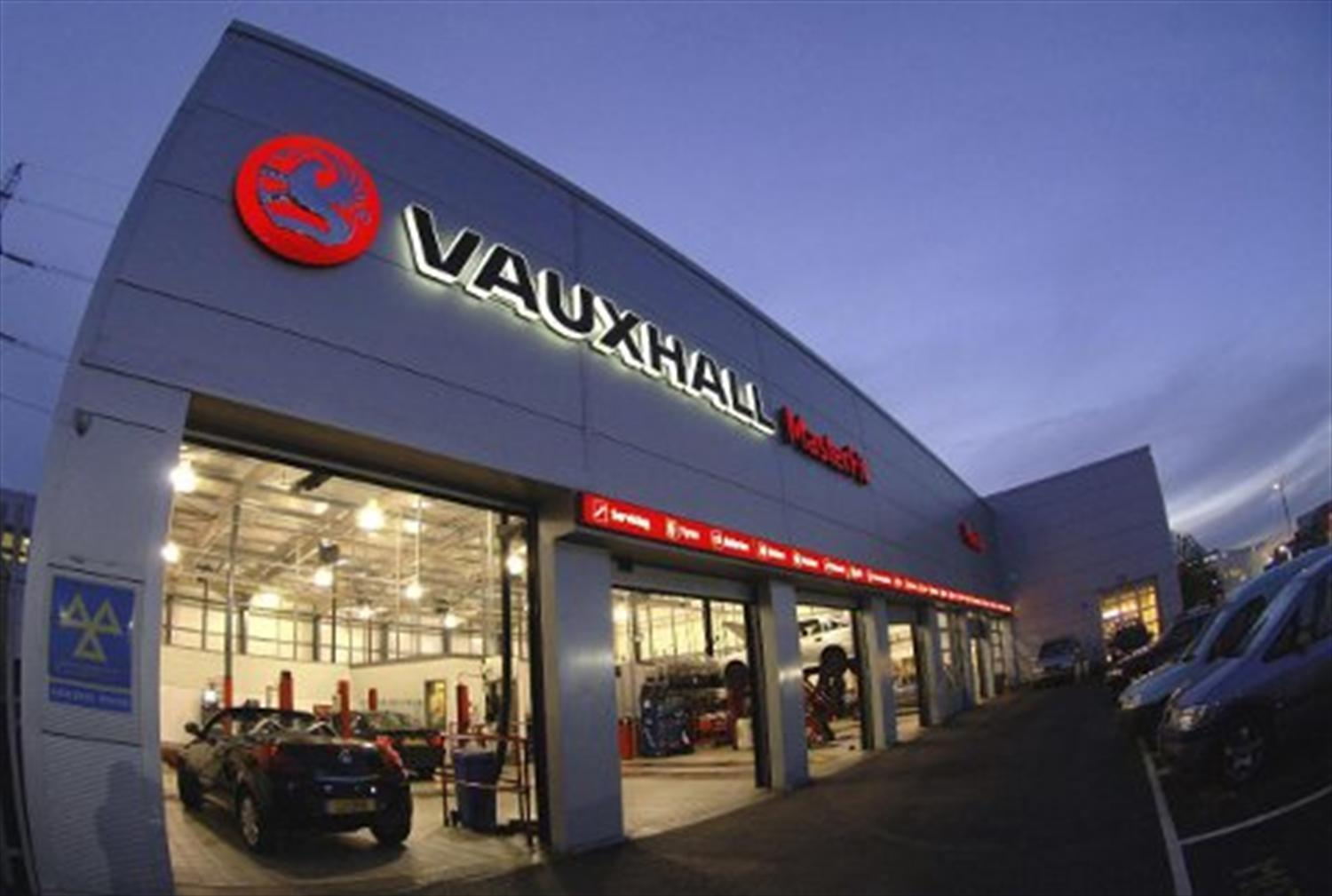 Vauxhall MasterFit offers while-you-wait service