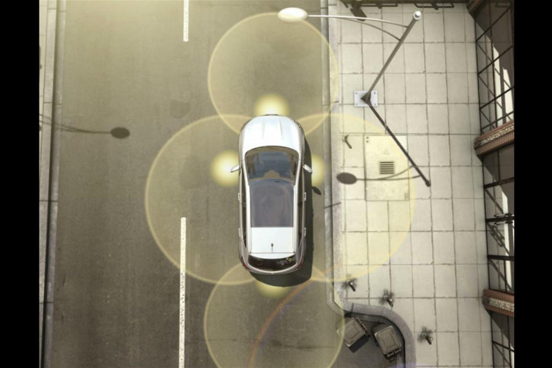 Nissan Qashqai 360 adds high-tech parking camera
