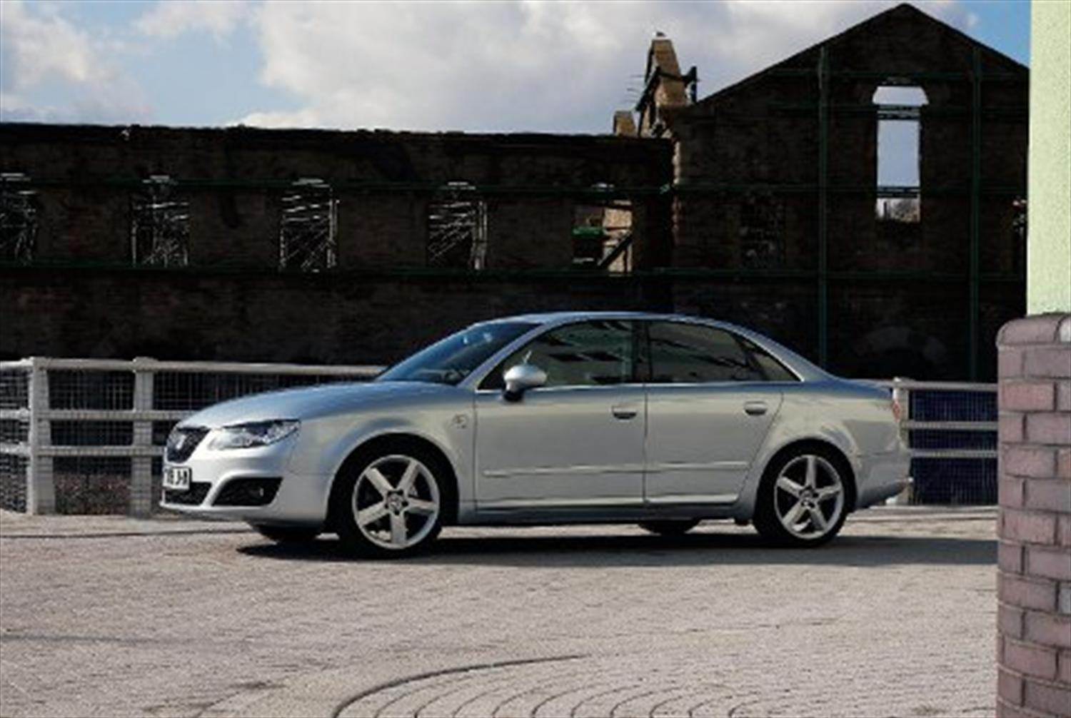 Top ten best saloons for 2011